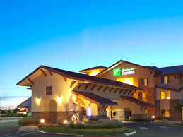 Christmas Tree Lane Modesto Ca by Holiday Inn Express U0026 Suites Turlock Hwy 99 Hotel By Ihg