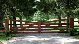 Residential Farms Commercial Automated Gates Chain Link Fence Railings