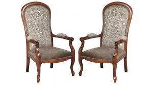 fauteuil pas cher fauteuil voltaire tissu velours marron clair fauteuil de salon