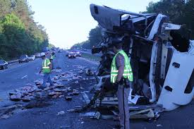 100 Semi Truck Accident On I 75 Early Morning PileUp On