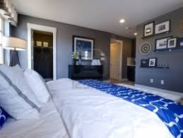 drop dead gorgeous bedroom with blue walls marvellous modern
