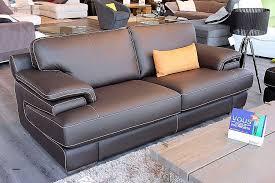 r parer un canap en cuir d chir reparateur de canape cuir best of canape convertible haut de gamme
