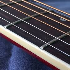 Alastair Bennett On Twitter Fret Wear To The Extent That It Plays Wrong Notes Sad Day Guitar Music Luthierneeded