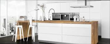 cuisine bois design cuisine bois et blanche clair with cuisine bois et blanche