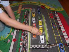 tapis de jeux voitures idéal pour une chambre d enfant les tapis tapitom sont de grande