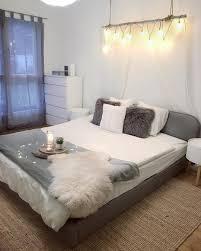 bedroom goals in diesem traumhaften schlafzimmer sind süße