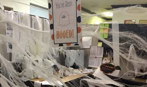 Halloween Scare Pranks 2013 by Halloween Office Pranks That Will Scare The Crap Out Of Your Co