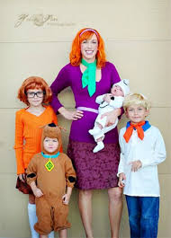 Scooby Doo Pumpkin Carving Ideas by 25 Diy Costumes For A Family Themed Halloween