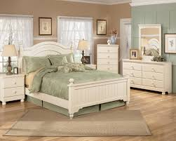 Marlo Furniture Bedroom Sets by Signature Design By Ashley Cottage Retreat Full Poster Bed With