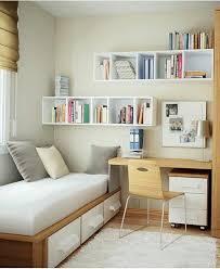 kleiner schreibtisch kompakt und schön schlafzimmer