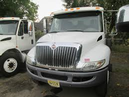 Deluxe International Trucks - Mid-Atlantic Truck Centre - River ...