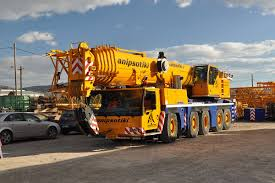100 Truck Mounted Cranes Mobile Crane Wikipedia