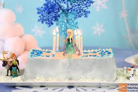eiskönigin kuchen für elsa kindergeburtstag planen de