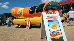 Oscar Mayer Wienermobile Visits Jacksonville | WJCT NEWS