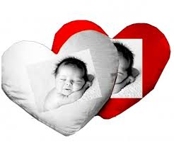 coussin avec photo personnalise coussin personnalisé coeur personnalisez ce coussin avec vos photos
