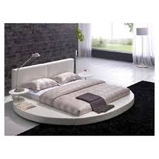 King Platform Bed With Leather Headboard by Best 25 Round Beds Ideas On Pinterest Tree House Bedrooms Bed