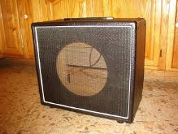 Empty 1x10 Guitar Cabinet by Trm Home