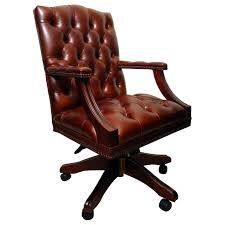Bespoke English Handmade Gainsborough Leather Desk Chair For Sale At ... Classic Leather Executive Office Chair Rapid Fniture Shop Highback Traditional Tufted Osp Black Bonded With Wood Trim L Amazoncom Halter Hal007 Eames Style Cream Faux Mulberry Moon Made For Comfort Ez Brown Taupe 500lb High Back Go2092m1tpgg Bizchaircom Staples Giuseppe Ea119 Chair Design Seats Buy Designer Flow Hon Atwork Canada