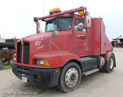 100 Toter Trucks 1993 Kenworth T400 Toter Truck Item DC2650 SOLD June 21