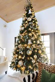 How To Decorate A 12 Ft Christmas Tree