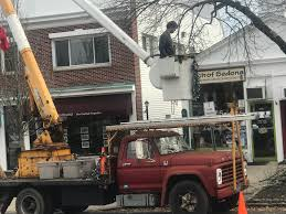100 Lights For Trucks Holiday And Bucket Spotted In Downtown Ridgefield