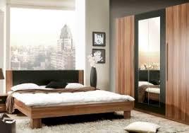 chambre bois massif contemporain luxe armoire chambre bois massif ravizh com con chambre bois massif