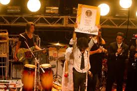 102 Flaming Lips House The Break Guinness World Record In Of Blues Offbeat Magazine