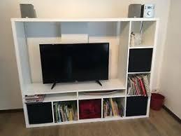 hemnes tv wand in weiß komplett mit boxen ebay