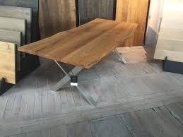 table a manger en chene massif avec pietement host collection nuxe