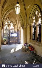 100 Kensington Church London Passage To St Mary Abbots Street Stock