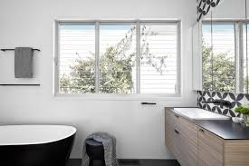 ein 6 4 qm bad im reihenhaus mit dusche und wanne