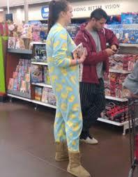 Crazy Dressers At Walmart by 280 Best Weirdos At Walmart Images On Pinterest Walmart