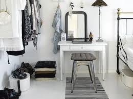 coiffeuse pour chambre un coin beauté pour être la plus décoration