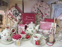 Beautiful And Delicate Shabby Chic Kitchen Accessories