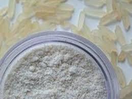 poudre de riz cuisine les bienfaits et les astuces de la poudre de riz visage et corps