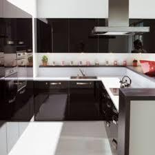 cuisine noir laqué pas cher cuisine laque great plan de cuisine en granit noir