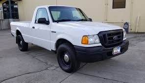 100 2005 Ford Trucks Ranger 40L V6 Long Bed Low Mileage Neat