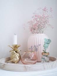 dekosamstag dekoration bloomingville in gold und rosa