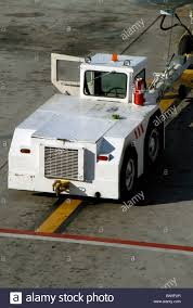 100 Tug A Truck Ircraft Diesel Powered Tow Stock Photo 30328223 Lamy