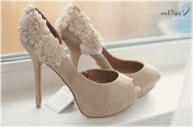 أجمل الأحذية لك يا الأركيدة الزرقاء images?q=tbn:ANd9GcR