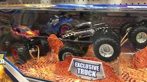 Off The Pegs: Exclusive Avenger, New Overkill Evolution! Monster ... Rochester Ny Monster Jam List Of Monster Trucks That Should Come To Tacoma Youtube Trucks Truck Pictures Grave Digger Others Set For In Tampa Tbocom Hot Wheels Wiki Fandom Powered By Wikia 30th Anniversary Mega Truck Tour Roars Into Singapore On Aug 19 Image Santiomonsterjamsunday2017006jpg 2017 Collectors Series 10 Scariest Motor Trend Jams Flags New Team Flag Clip Accesory Pinnacle Bank Arena