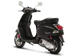 Vespa LX 125 Piaggio To Launch Scooters In India By 2012