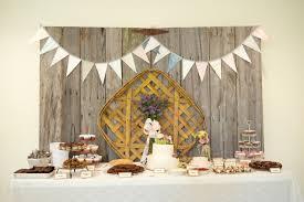 Detail To Love Cake Backdrops Via TheELD