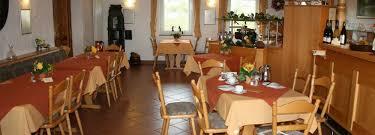restaurant weinstube schloßbergstübchen in burrweiler