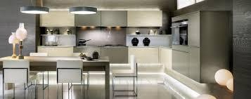 le suspendue cuisine suspension suspendue fantaisie four mural blanc centrifugeuse en
