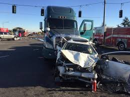 100 Semi Truck Parking Games State Route 512 Wreck Snarls Interstate 5 Traffic For Hours In