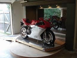 bildergebnis für motorrad im wohnzimmer decoración de unas