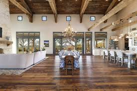 100 Hill Country Interiors A Fresh Farmhouse Designed With Reclaimed Timbers In Texas