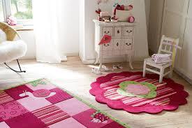 tapis de chambre tapis pour chambre d enfant tapis cosy