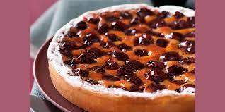 dessert aux quetsches recette tarte frangipane aux quetsches recettes femme actuelle